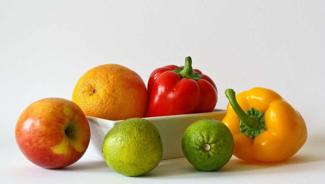 fruits-320136_1920